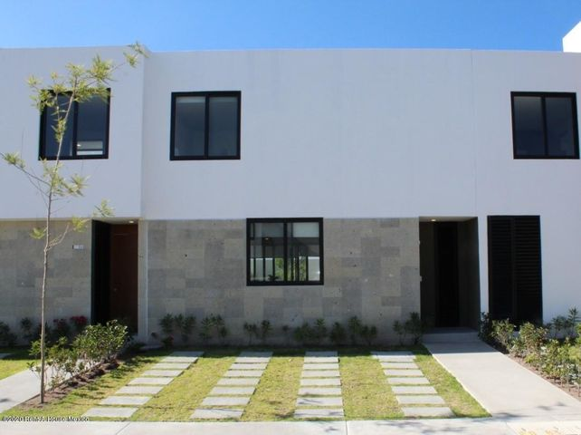 Casa Queretaro>El Marques>Zibata - Venta:2.618.543 Pesos - codigo: 20-20