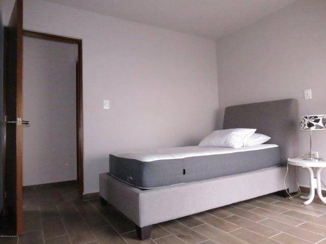 Casa Queretaro>Queretaro>El Refugio - Venta:2.280.000 Pesos - codigo: 20-3123