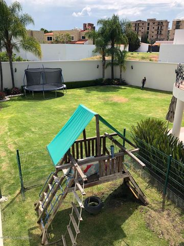 Casa Queretaro>Queretaro>Altos de Juriquilla - Venta:12.000.000 Pesos - codigo: 20-3528
