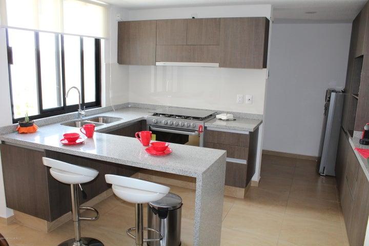 Casa Queretaro>El Marques>Zibata - Venta:2.350.000 Pesos - codigo: 20-3532