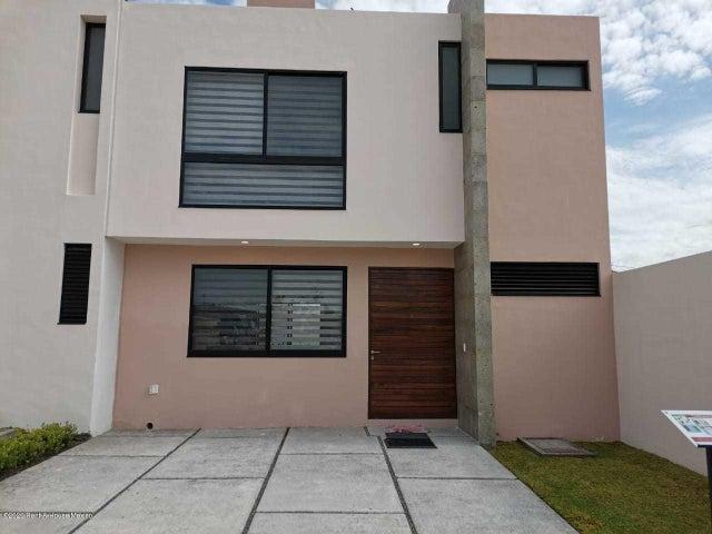 Casa Queretaro>El Marques>Lomas del Marques - Venta:2.535.000 Pesos - codigo: 20-3707