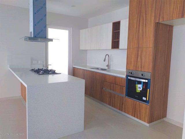 Casa Queretaro>Queretaro>Lomas de Juriquilla - Renta:30.000 Pesos - codigo: 20-3767