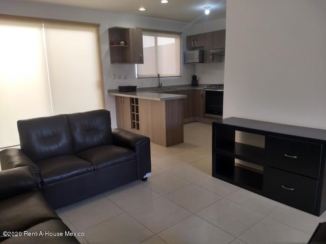 Casa Queretaro>El Marques>Zakia - Venta:1.770.000 Pesos - codigo: 21-11