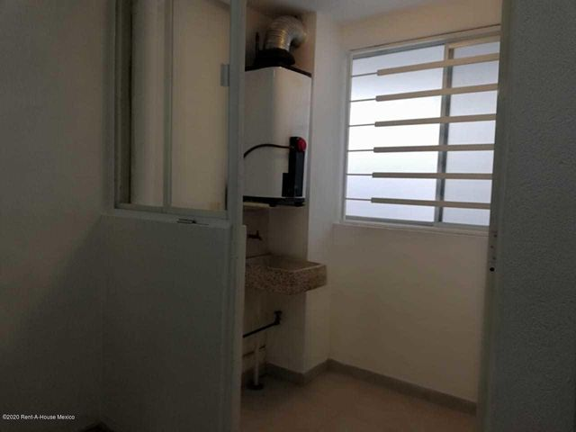 Departamento Distrito Federal>Alvaro Obregón>Carola - Venta:2.400.000 Pesos - codigo: 21-91