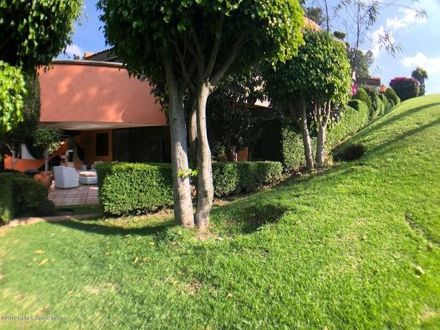 Departamento Distrito Federal>Miguel Hidalgo>Bosques de las Lomas - Renta:20.000 Pesos - codigo: 21-136