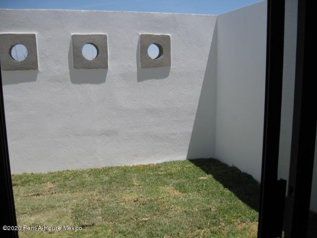 Casa Queretaro>El Marques>Zakia - Venta:2.703.000 Pesos - codigo: 21-144