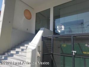Departamento Distrito Federal>Alvaro Obregón>Carola - Renta:13.500 Pesos - codigo: 21-150