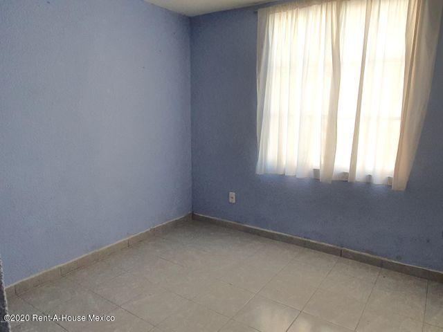 Departamento Distrito Federal>Miguel Hidalgo>Argentina Poniente - Renta:9.000 Pesos - codigo: 21-192
