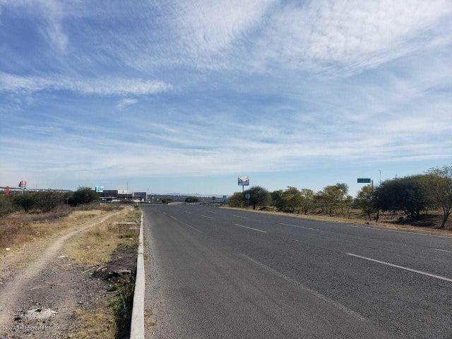 Terreno Queretaro>Queretaro>El Refugio - Venta:27.130.860 Pesos - codigo: 21-199