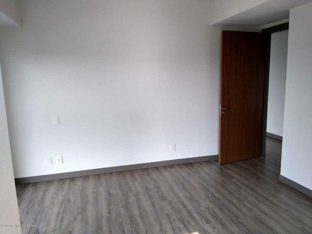 Departamento Distrito Federal>Alvaro Obregón>Paseo de las Lomas - Renta:24.500 Pesos - codigo: 21-202