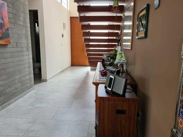 Casa Queretaro>El Marques>Zibata - Venta:4.550.000 Pesos - codigo: 21-220