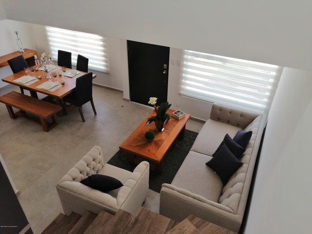 Casa Queretaro>Queretaro>Juriquilla - Venta:2.184.128 Pesos - codigo: 21-297