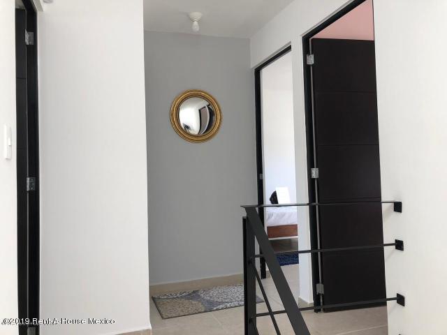 Casa Queretaro>Queretaro>Ciudad Del Sol - Venta:1.266.902 Pesos - codigo: 21-395