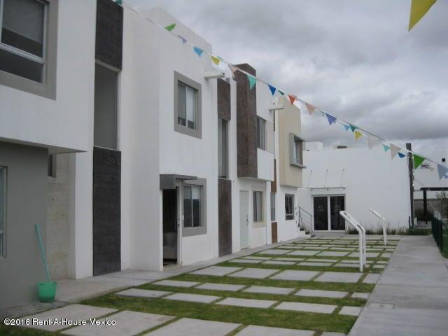 Casa Queretaro>El Marques>El Rosario - Venta:1.030.000 Pesos - codigo: 21-425