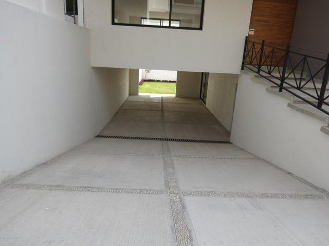 Casa Queretaro>Queretaro>Cumbres del Lago - Venta:5.000.000 Pesos - codigo: 21-496