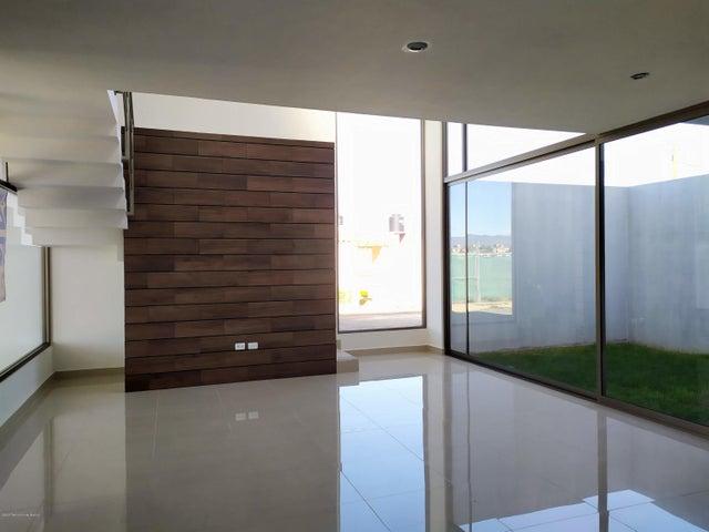 Casa Hidalgo>Pachuca de Soto>Rancho La Colonia - Venta:2.550.000 Pesos - codigo: 21-515