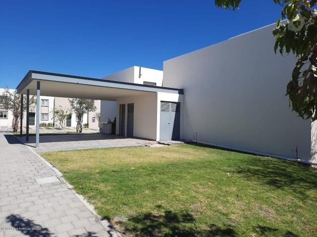 Casa Queretaro>Queretaro>San Miguelito - Venta:1.250.000 Pesos - codigo: 21-526