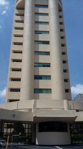 Departamento Estado de Mexico>Huixquilucan>Hacienda de las Palmas - Venta:7.800.000 Pesos - codigo: 21-528