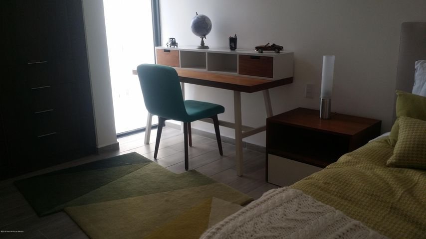 Departamento Queretaro>El Marques>Monte Miranda - Renta:18.000 Pesos - codigo: 21-571