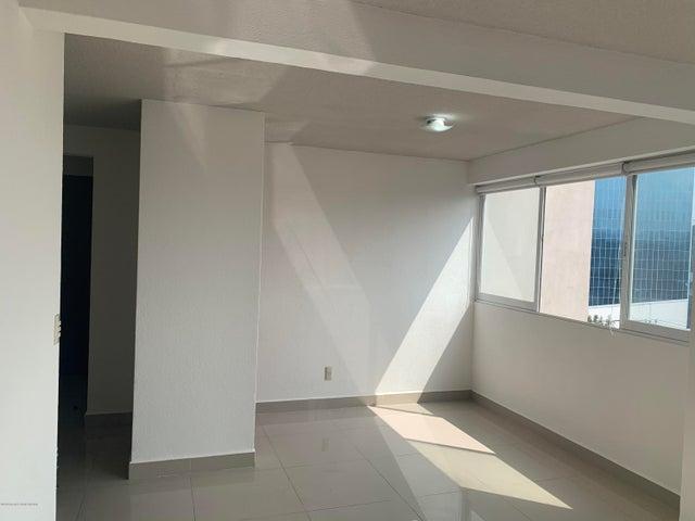 Departamento Distrito Federal>Alvaro Obregón>Carola - Renta:16.000 Pesos - codigo: 21-586