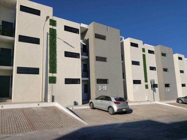Departamento Queretaro>Queretaro>Jardines de Santiago - Venta:1.065.000 Pesos - codigo: 21-704