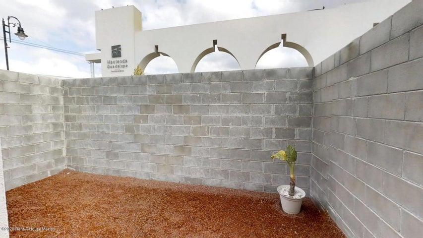 Casa Hidalgo>Tizayuca>El Carmen - Venta:1.117.000 Pesos - codigo: 21-747
