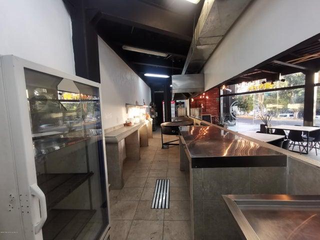 Local Comercial Estado de Mexico>Atizapan de Zaragoza>Arboledas - Renta:70.000 Pesos - codigo: 21-748