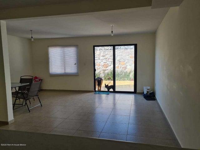 Casa Queretaro>Queretaro>El Refugio - Renta:14.000 Pesos - codigo: 21-750