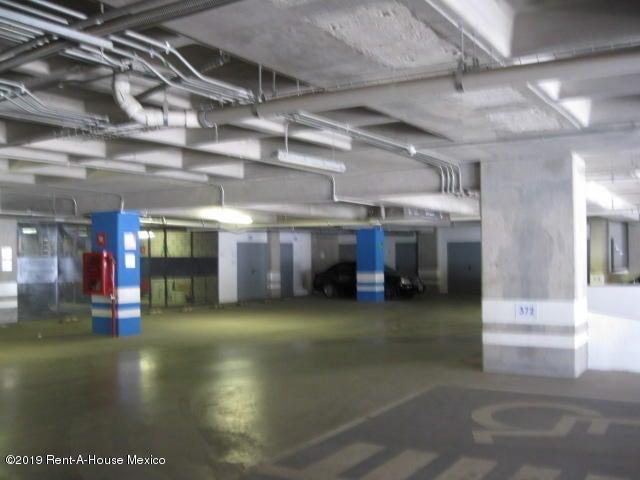 Oficina Queretaro>El Marques>Monte Miranda - Venta:4.100.000 Pesos - codigo: 21-756