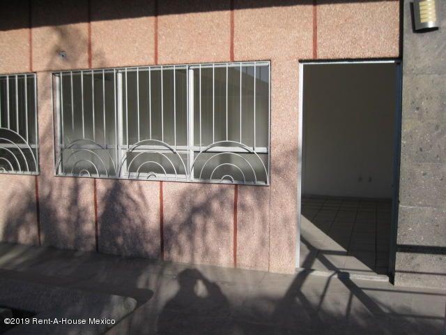 Bodega Queretaro>Queretaro>Ciudad Del Sol - Venta:27.000.000 Pesos - codigo: 21-761