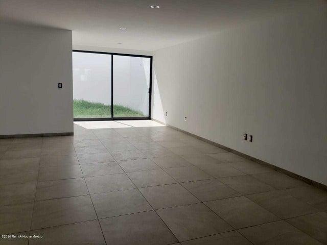 Casa Queretaro>Queretaro>Jardines de Queretaro - Venta:3.447.006 Pesos - codigo: 21-764