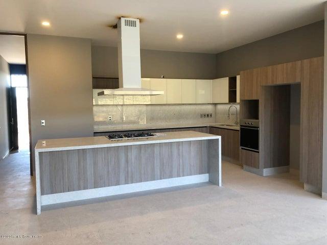 Casa Queretaro>Queretaro>Altozano - Venta:8.740.000 Pesos - codigo: 20-3391