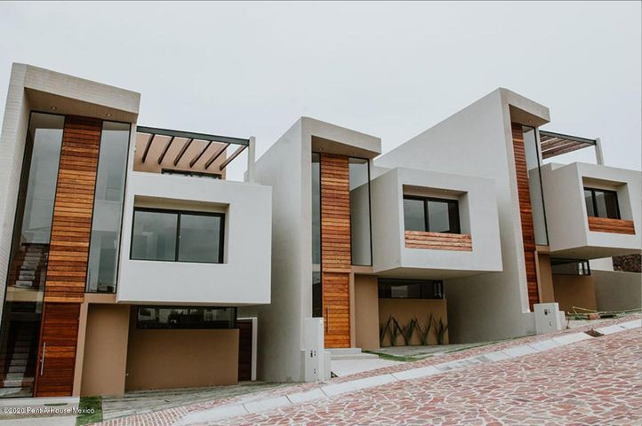 Casa Queretaro>El Marques>Zibata - Venta:6.704.640 Pesos - codigo: 21-772