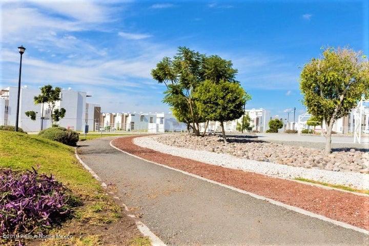 Casa Queretaro>Queretaro>Ciudad Del Sol - Venta:1.220.000 Pesos - codigo: 21-825