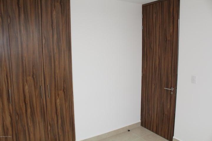 Casa Queretaro>El Marques>Zakia - Venta:1.635.000 Pesos - codigo: 21-829