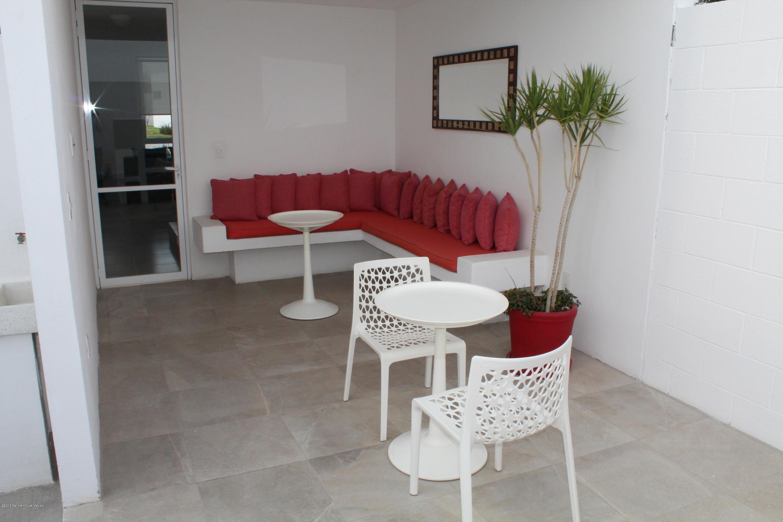 Casa Queretaro>El Marques>Zakia - Venta:1.830.000 Pesos - codigo: 21-832