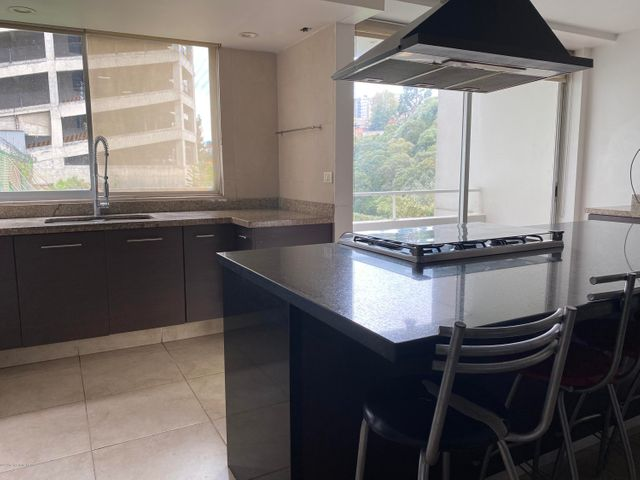 Departamento Estado de Mexico>Huixquilucan>Hacienda de las Palmas - Renta:40.000 Pesos - codigo: 21-874