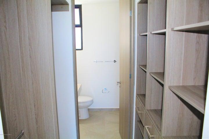 Casa Queretaro>Queretaro>Altos de Juriquilla - Venta:2.432.655 Pesos - codigo: 21-992