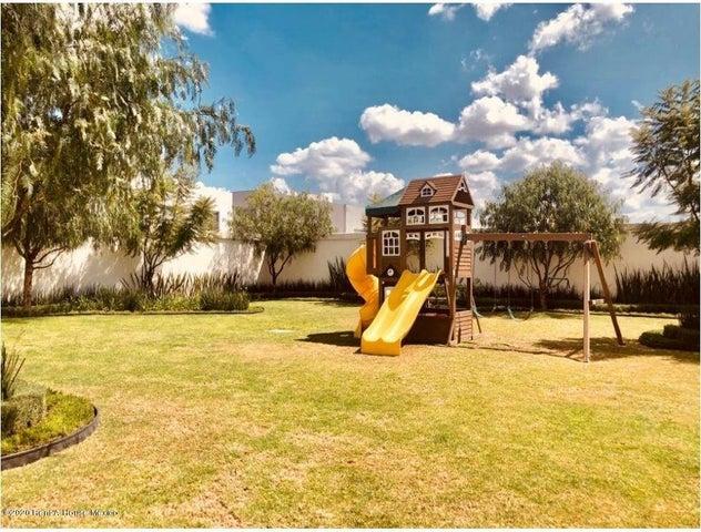 Casa Queretaro>Queretaro>El Refugio - Venta:4.490.000 Pesos - codigo: 21-1101