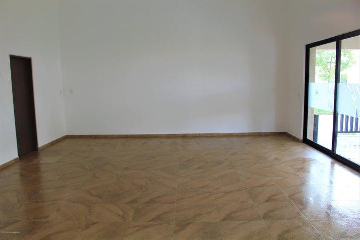 Departamento Queretaro>El Marques>Zakia - Venta:2.563.000 Pesos - codigo: 21-1226