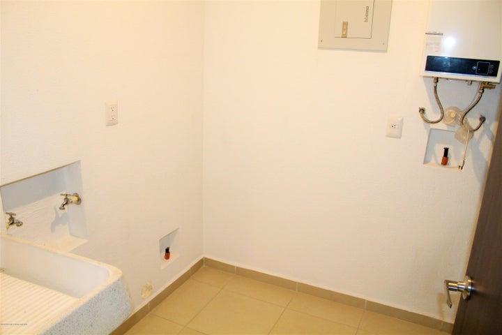 Departamento Queretaro>Queretaro>Altos de Juriquilla - Venta:2.548.000 Pesos - codigo: 21-1227
