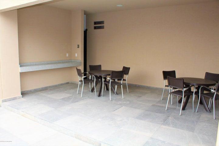 Departamento Queretaro>Queretaro>Altos de Juriquilla - Venta:2.598.000 Pesos - codigo: 21-1237