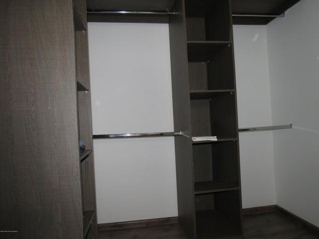 Departamento Queretaro>Queretaro>Juriquilla - Venta:3.200.000 Pesos - codigo: 21-1273