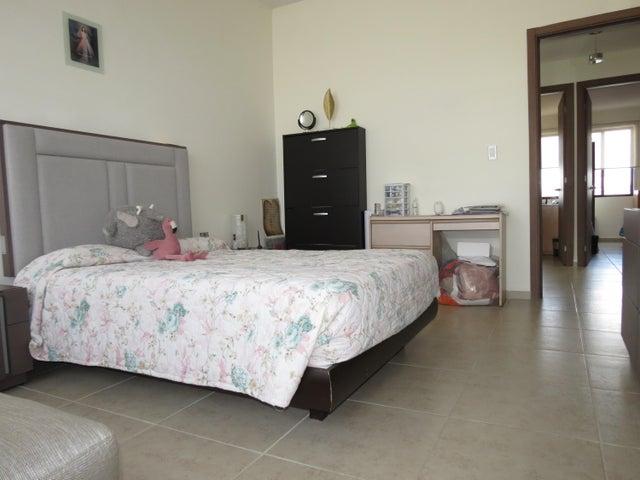 Casa Queretaro>Queretaro>El Refugio - Venta:2.350.000 Pesos - codigo: 21-1300