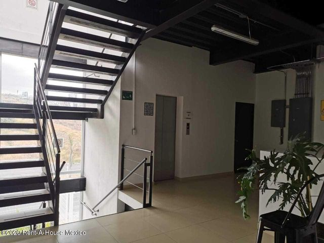 Oficina Queretaro>Corregidora>Tejeda - Renta:135.000 Pesos - codigo: 21-1385