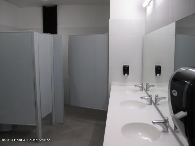 Oficina Queretaro>Queretaro>Santa Fe de Juriquilla - Renta:229.970 Pesos - codigo: 21-1413