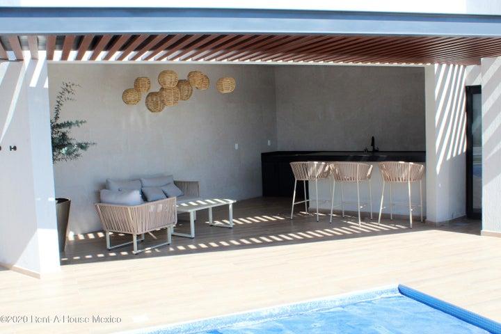 Casa Queretaro>El Marques>Zakia - Venta:2.590.000 Pesos - codigo: 21-1437