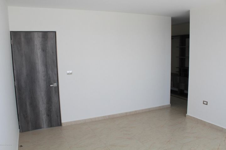 Departamento Queretaro>El Marques>Zibata - Venta:4.950.000 Pesos - codigo: 21-1752