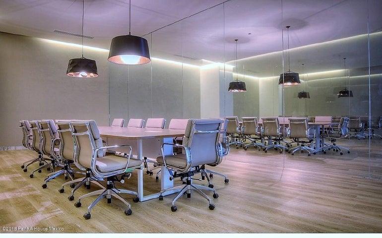 Oficina Queretaro>Queretaro>Centro Sur - Renta:49.000 Pesos - codigo: 21-1777