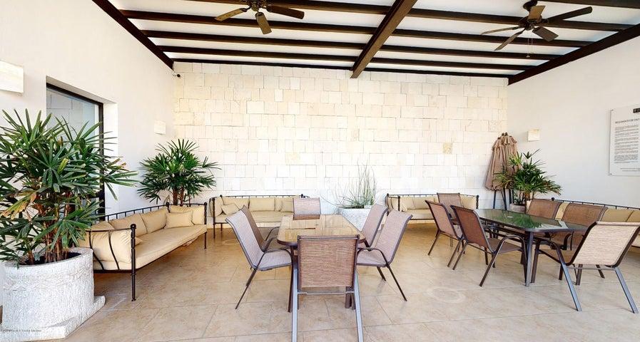Casa Queretaro>Queretaro>Jurica - Venta:3.836.501 Pesos - codigo: 21-1821